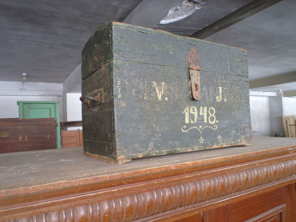 Old wood war box military