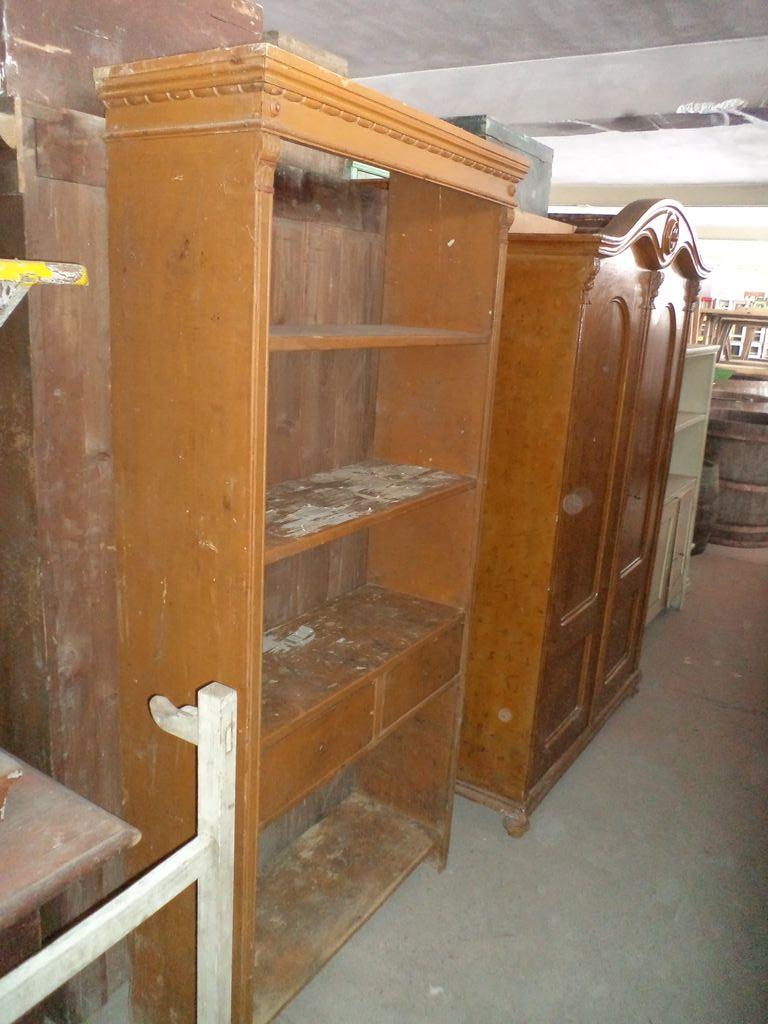 Nice shelf with drawers
