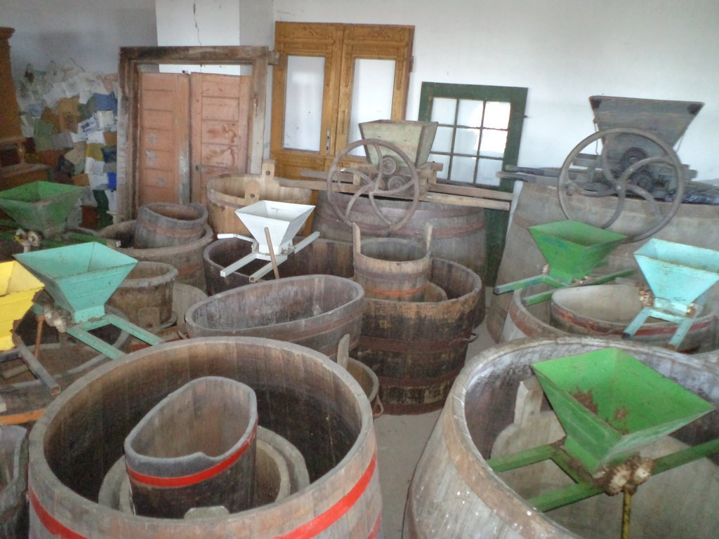 winery wine buckets